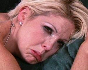 Sommige vrouwen gaan huilen als ze op hun billen krijgen en dat lucht altijd erg op.